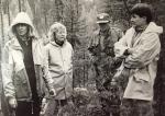 Koirakerhon PK-jaoston jälkiporukkaa voittajaluokan jälkikokeessa Candy Cup -kilpailussa 1992. Tiina Holttinen, Helena Kemppainen, Jarmo Lindholm ja Taina Laine.
